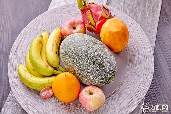 水果沙拉的做法步骤_1