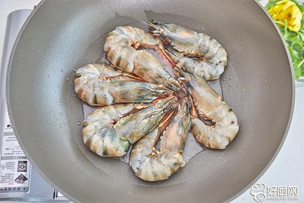 油焖大虾的做法步骤_4