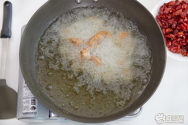 辣子鸡的做法步骤_7