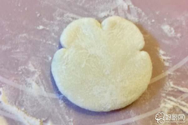 猴子捞月豆沙包的做法步骤_10