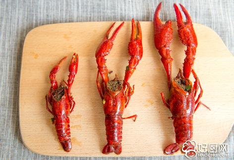 小龙虾这么吃,吃的漂亮还不浪费准没错_16