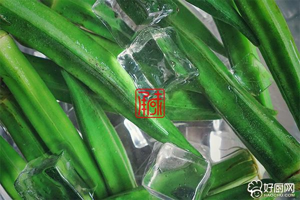 日式芥末秋葵的做法步骤_4