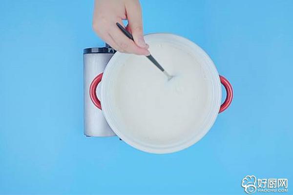 红糖凉糕的做法步骤_3