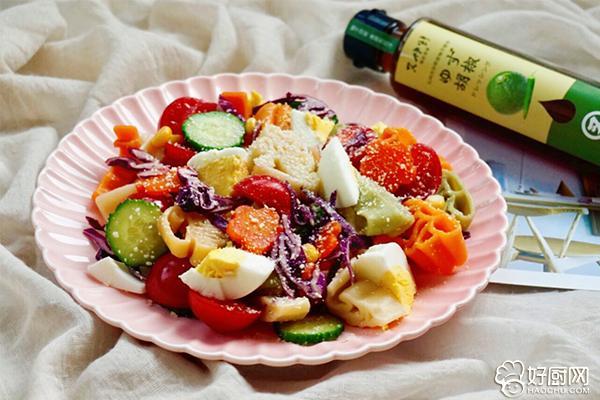 柚香多彩意面沙拉的做法步骤_8