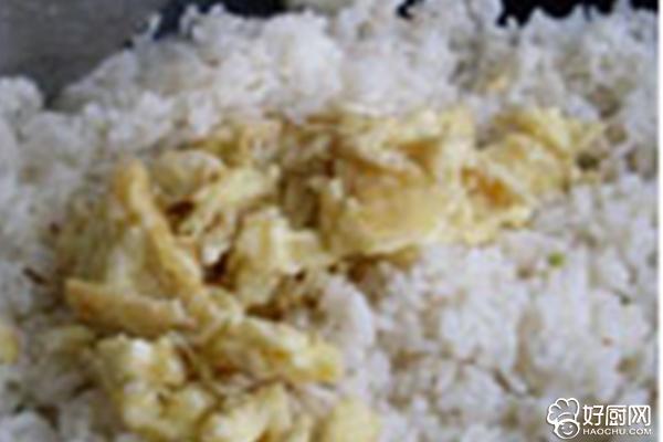 蛋炒饭的做法步骤_5