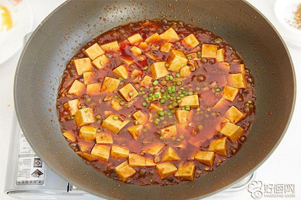 麻婆豆腐的做法步骤_10
