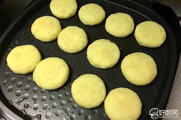 芝士土豆饼的做法步骤_14