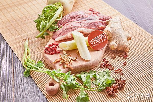 葱爆羊肉的做法步骤_1