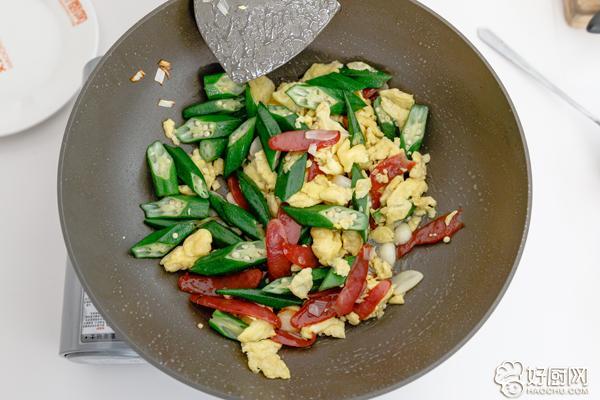 秋葵炒鸡蛋的做法步骤_9