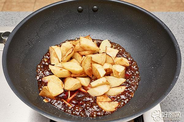 红烧土豆的做法步骤_6
