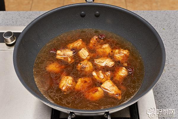 鸡腿炖土豆的做法步骤_9