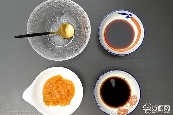 杏酱小排骨的做法步骤_2