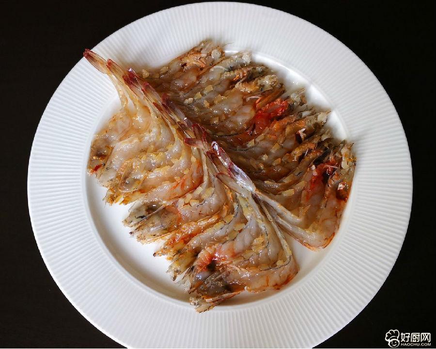 蒜蓉蒸虾的做法步骤_5