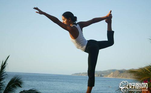 春季练习瑜伽调养身体拥有健康_1