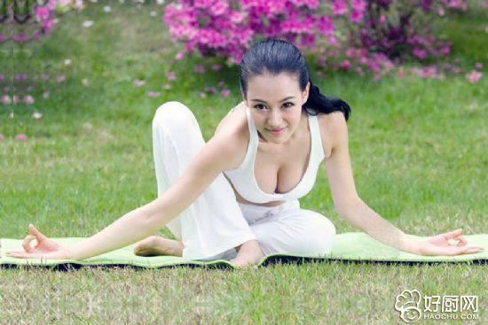 瑜伽动作与呼吸应该如何配合_1