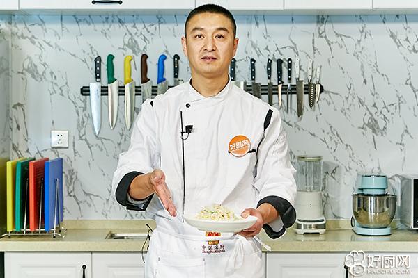 什锦炒饭的做法步骤_9