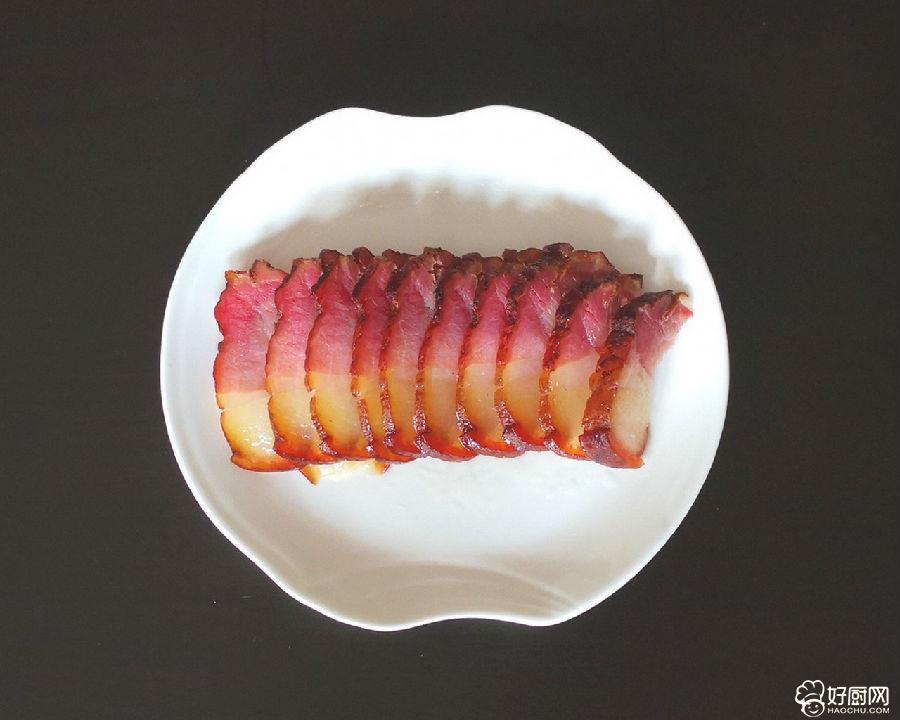 茼蒿杆炒腊肉的做法步骤_1