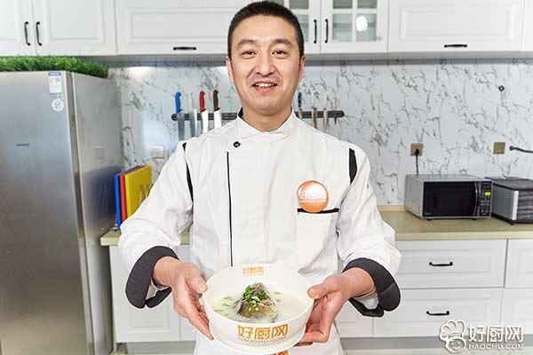 清炖鱼头汤的做法步骤_8